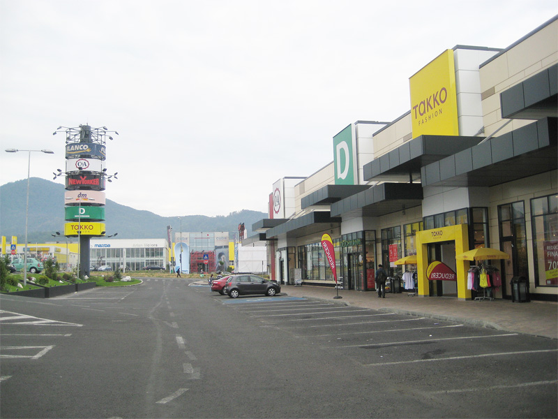 Brasov Strip Mall